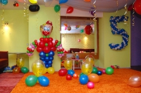 Как украсить комнату на юбилей ребёнка?